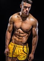 daniel_blackwell_fitness_model-04