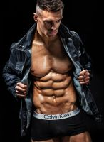 daniel_blackwell_fitness_model-05